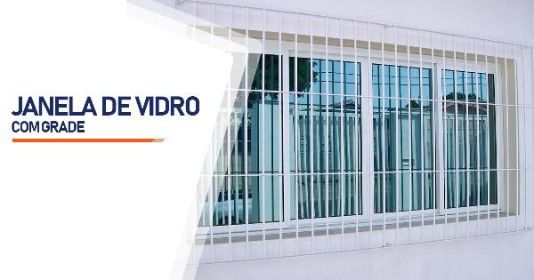 Janela De Vidro Com Grade Alambari